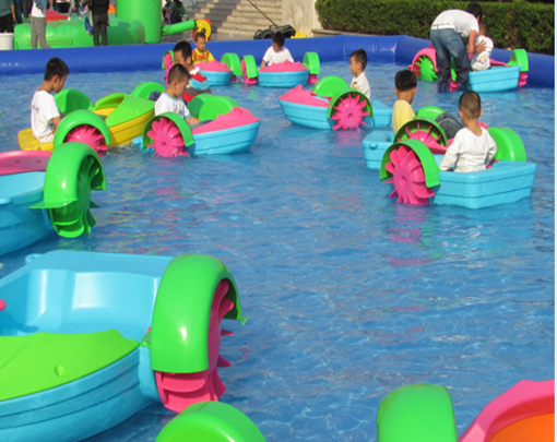 Swimming pool hand paddle boats for kids