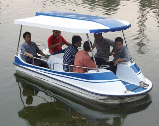 6 Person Paddle Boats You Can Buy